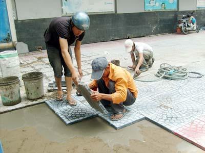 Thợ lát gạch nền ốp gạch tường tại quận 4