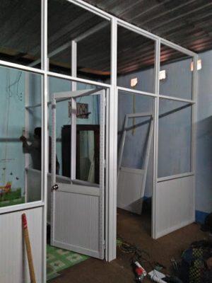 Thi công làm vách nhôm cửa kính tại TPHCM